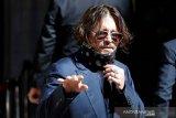Johnny Depp hadiri sidang pencemaran nama baik oleh The Sun
