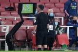 Laga pekan ke-34 Liga Inggris, Leicester imbangi 10 pemain Arsenal 1-1