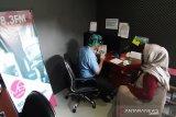 Jurnalis dan karyawan MS Radio Palu  nonreaktif hasil tes cepat COVID