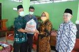 FKUB Kecamatan Mlati bagikan paket sembako untuk tokoh agama