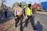 Dirlantas Polda Jateng turun langsung urai kemacetan di jalan Semarang-Demak