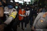 Pembobol BNI Maria Pauline Lumowa yang buron 17 tahun tiba di Tanah Air