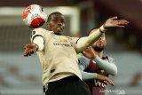 Klasemen sementara Liga Inggris, MU tempel ketat peringkat keempat