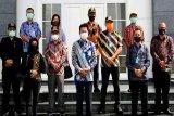 Anggota DPRD Kalteng tinjau jalan kilometer 34 - Simpang Benangin