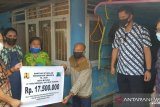 Pemkot serahkan bantuan perumahan kepada warga kurang mampu