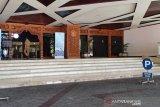 Gedung DPRD Jateng ditutup setelah anggota dewan berstatus PDP meninggal