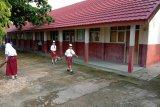 Tahun ajaran baru, siswa di Lampung Timur masuk sekolah dan seterusnya belajar di rumah