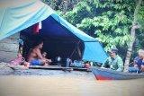 Distribusi logistik ke kawasan banjir Lamandau terhambat medan berat