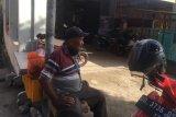 Pekerja informal di Makassar terpaksa rangkap pekerjaan demi kebutuhan keluarga
