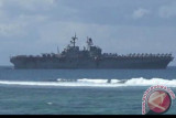 Kapal tanker bantuan militer AS untuk Israel terkena serangan di lepas pantai Oman