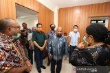 Gubernur Papua Lukas Enembe dijadwalkan tiba di Jayapura setelah dirawat di RSPAD