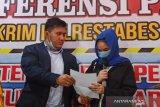 Dugaan prostitusi daring, Artis FTV Hana Hanifa sampaikan maaf