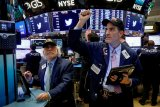 Saham-saham Wall Street dibuka melambung terkorek reli saham raksasa teknologi
