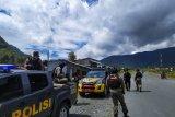 Polisi Puncak Jaya gelar patroli imbau pencegahan COVID-19