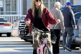 Deretan selebritas Hollywood yang hobi bersepeda