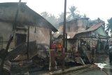 Enam unit rumah dan gudang minyak tanah di Payakumbuh terbakar