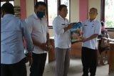2.343 KK warga Petasia Timur terima bantuan sembako dari Pemkab Morut