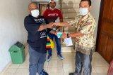 PWI Papua bagikan masker untuk wartawan di Jayapura