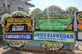 Gubernur DKI, Anies Baswedan kirim bunga duka cita untuk Omas