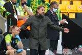 Manajer Norwich City Farke kritik 2 kartu merah yang didapat Norwich kontra Burnley