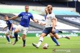 Tottenham gilas Leicester dengan skor 3-0