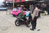 76 personel Satgas Aman Nusa imbau warga cegah virus corona