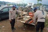 Brimob Polda Sulsel buatkan sumur bor bagi pengungsi banjir bandang Masamba