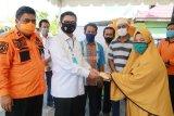 Pemprov Donasi Korban Banjir Bandang Lutra