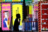 Kasus Corona melonjak, Jepang desak bekerja secara online