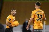 Libas Crystal Palace, Wolverhampton kembali ke posisi keenam