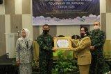 Dandim 0426/Tulang Bawang terima penghargaan dari BKKBN Lampung