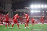 Liga Inggris, Liverpool tandai penyerahan trofi dengan tundukkan Chelsea 5-3