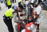 Polres Palu tilang belasan pengendara hari pertama operasi