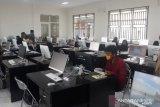 Calon mahasiswa UMPTKIN IAIN Palu  ikuti simulai ujian elektronik