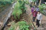 Sebabkan banjir, Djohan minta DPUTR segera perbaiki tanggul jebol di Kebon Cengkeh