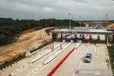 Gubernur Riau minta UMKM bisa berjualan di Tol Pekanbaru-Dumai