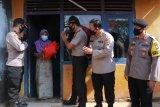 Akpol 1991 menggelar bakti sosial bantu warga desa pariwisata di NTB