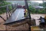 Banjir Bolsel, Pemprov pastikan stok bahan pokok aman