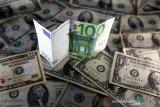 Dolar AS jatuh ke terendah hampir 3 bulan, investor serbu uang berisiko