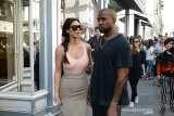 Permintaan maaf Kanye West pada Kim Kardashian usai marah-marah di Twitter