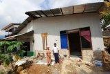 UPZ PT Semen Padang bedah rumah seorang pemulung jadi layak huni
