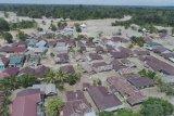 Kementerian PUPR dan Pemkab Luwu Utara mendata rumah rusak akibat banjir