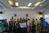 Bantu pencegahan penyebaran COVID-19 Jasa Raharja Riau serahkan APD ke Dishub Provinsi Riau