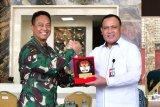Kasad-Ketua KPK tandatangani BAST barang rampasan Negara