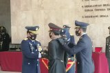 Kapolri Jenderal Pol Idham Azis dianugerahi Bintang Angkatan Kelas Utama