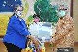 Indonesia terima 100 ventilator dan Rp187 mioliar dari AS untuk atasi virus