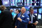 Saham-saham Wall Street naik, investor pantau stimulus, pandemi dan laba emiten