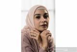 Shireen Sungkar menghadirkan koleksi perhiasan emas