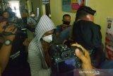 Polisi sita Rp15 juta dan satu alat kontrasepsi terkait penangkapan artis FTV VS
