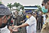 Wali Kota berharap daging kurban tersalur untuk kaum dhuafa